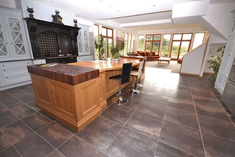 3 Bedrooms Semi Detached House for sale in The Wheelhouse, Caldermill