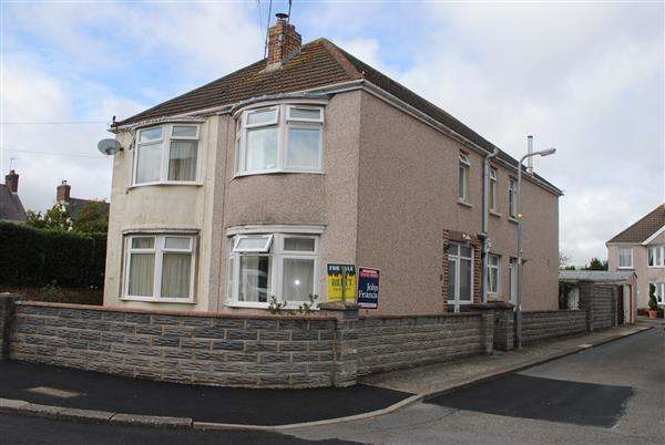 3 Bedrooms Semi Detached House for sale in Eastleigh Drive, Milford Haven