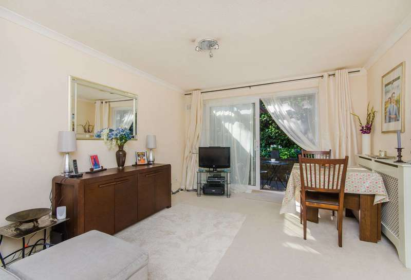 1 Bedroom Flat for sale in Freethorpe Close, Crystal Palace, SE19