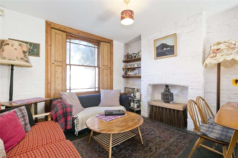 3 Bedrooms Terraced House for sale in Cassland Road, South Hackney, E9