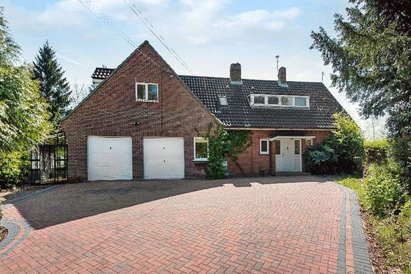 6 Bedrooms Detached House for sale in Blofield, NR13