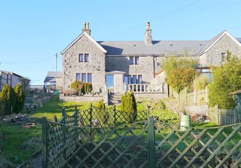 2 Bedrooms Semi Detached House for sale in Redhill, North Somerset