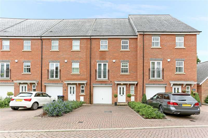 4 Bedrooms Mews House for sale in Whitehill Place, Virginia Water, Surrey, GU25