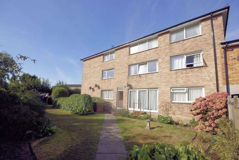 2 Bedrooms Flat for sale in Broadsands Drive, Gosport, PO12