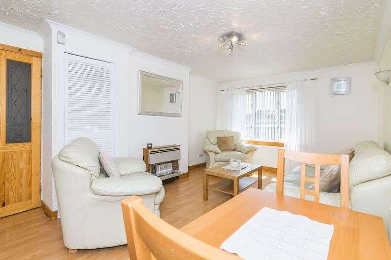2 Bedrooms Flat for sale in 8/5 Saughton Mains Drive, Saughton, Edinburgh, EH11 3PH