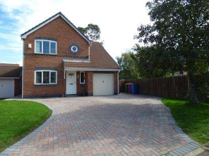 House for sale in Eremon Close, Liverpool, Merseyside, L9