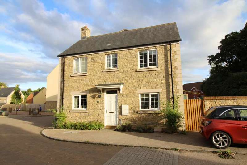 3 Bedrooms Semi Detached House for sale in Southfield Way, Frome