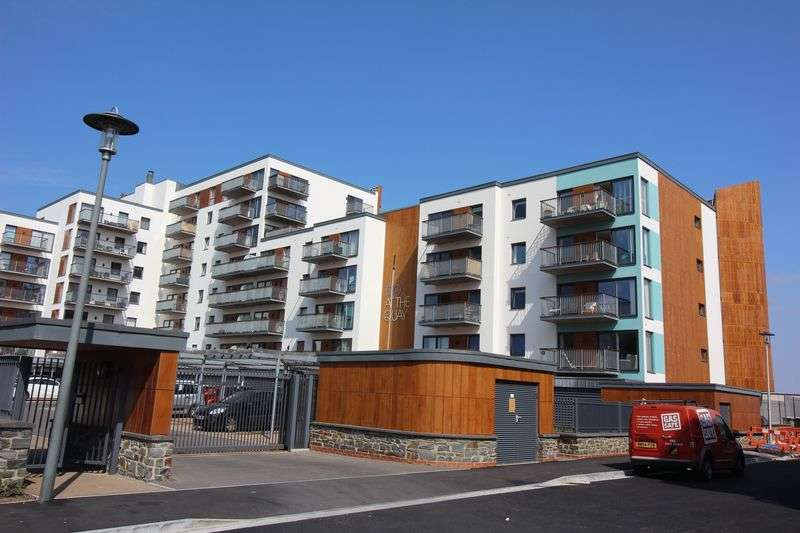 2 Bedrooms Flat for sale in Newfoundland Way, Portishead