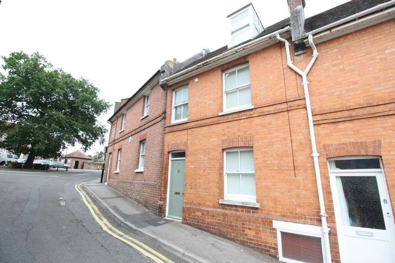 3 Bedrooms Terraced House for sale in Sheep Market Hill, Blandford Forum