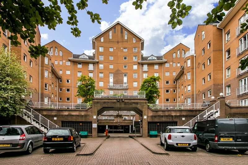 2 Bedrooms Flat for sale in Homer Drive, London, London, E14