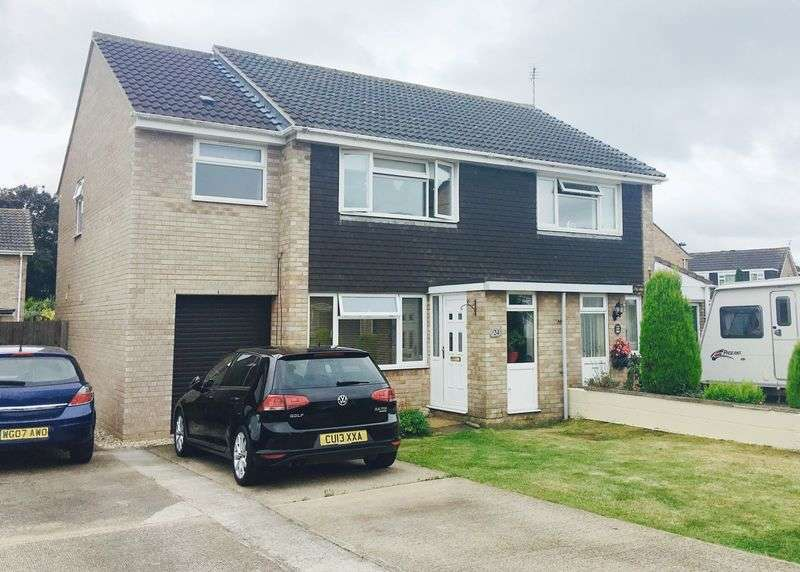 3 Bedrooms Semi Detached House for sale in Palmdale Close, Longwell Green, Bristol, ,BS30 9UH