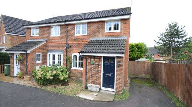 3 Bedrooms Semi Detached House for sale in Rachaels Lake View, Warfield, Berkshire