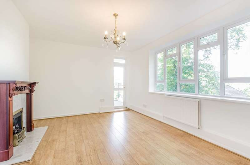 4 Bedrooms Flat for sale in Burnett House, Lewisham Hill, Lewisham, SE13
