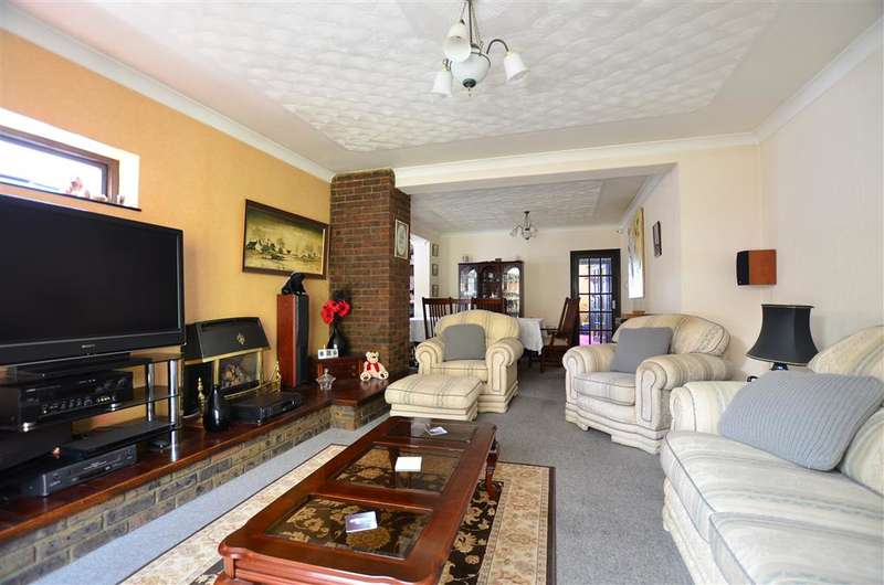 4 Bedrooms Bungalow for sale in Edwin Road, Rainham, Gillingham, Kent