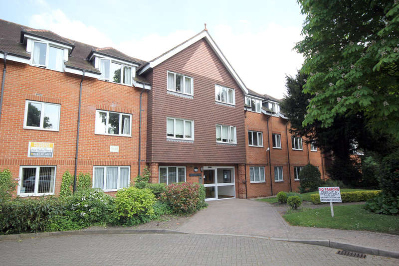1 Bedroom Flat for sale in Collingwood Court, Royston