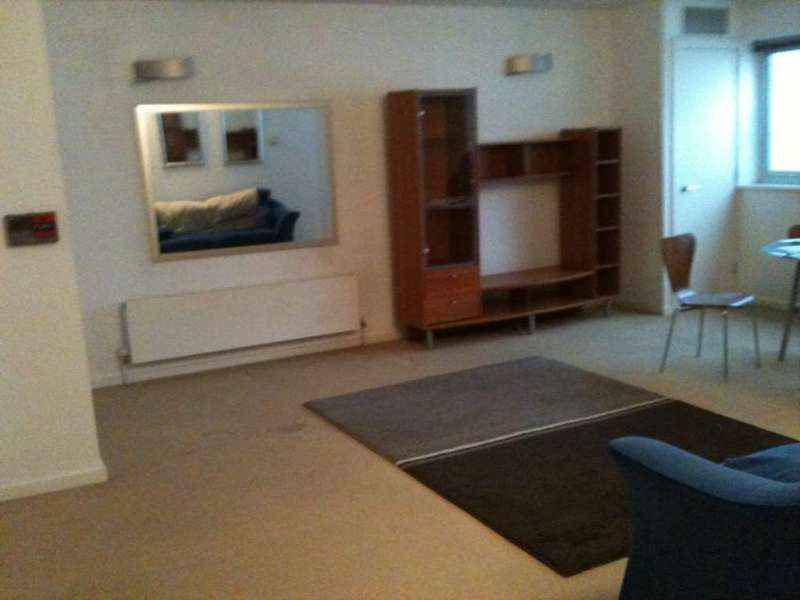 2 Bedrooms Apartment Flat for sale in Sky Studios, Silvertown