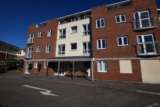 1 Bedroom Flat for sale in Cypress Court, 47 Fisher Street, Paignton, Devon