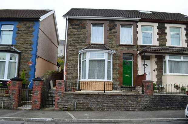 3 Bedrooms Semi Detached House for sale in The Avenue, Pontygwaith, Ferndale, Mid Glamorgan
