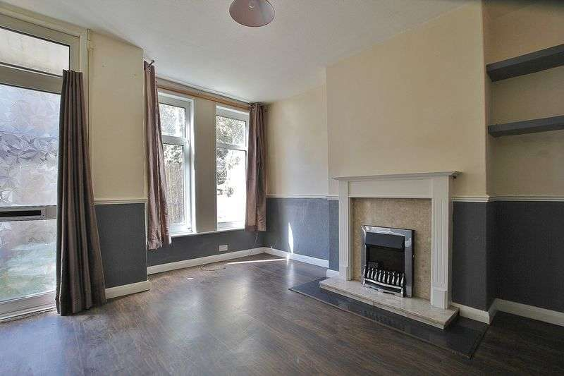 2 Bedrooms Terraced House for sale in Raglan Street, Hull