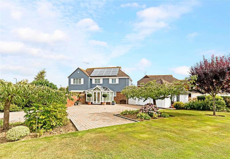 4 Bedrooms Detached House for sale in Chawkmare Coppice, Aldwick, West Sussex, PO21