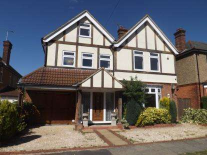 5 Bedrooms Detached House for sale in Warley, Brentwood, Essex