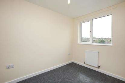 3 Bedrooms Semi Detached House for sale in Bank Street, Rookery, Stoke-on-Trent, Staffordshire