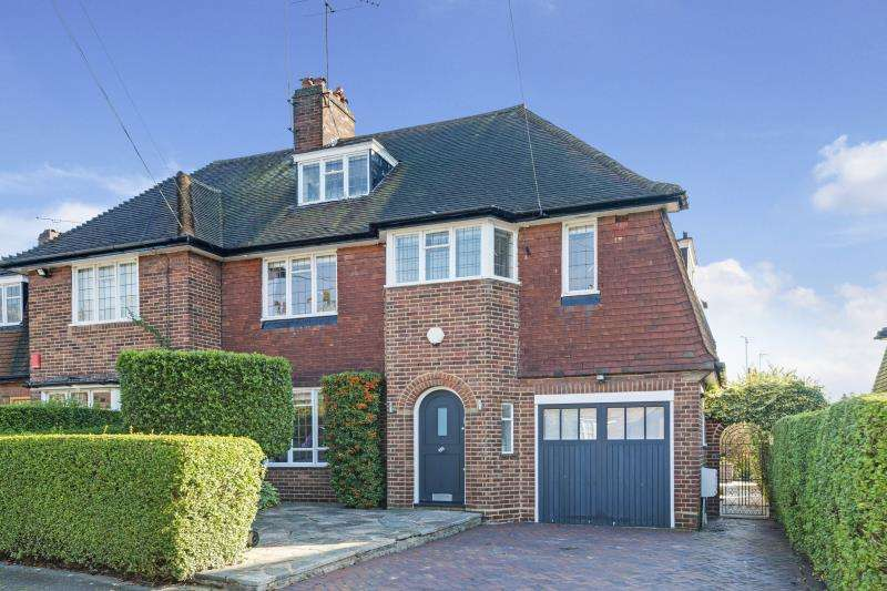 4 Bedrooms House for sale in Widecombe Way, Hampstead Garden Suburb