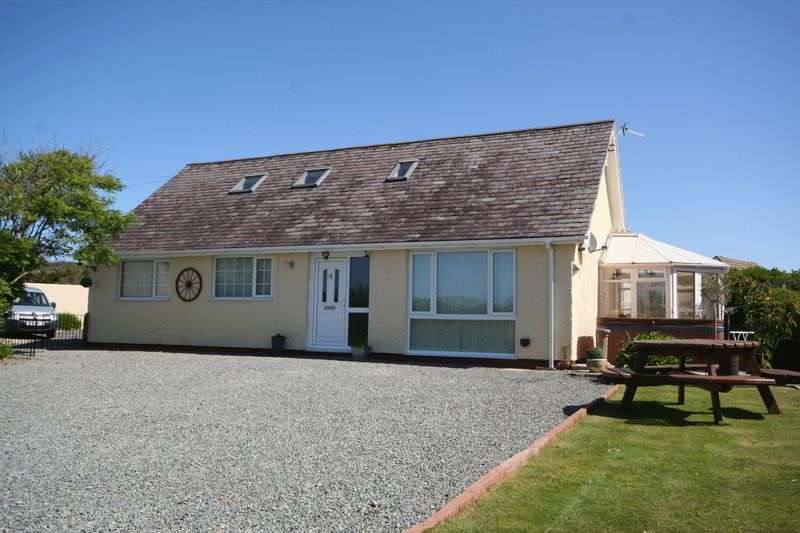 5 Bedrooms Detached Bungalow for sale in Isallt Estate, Trearddur Bay, Anglesey