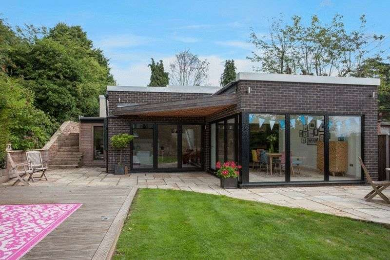 4 Bedrooms Detached House for sale in Taverham, Norwich