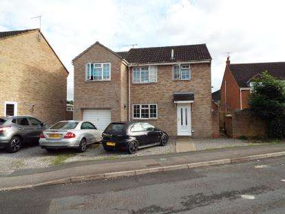 4 Bedrooms Detached House for sale in Furlong Close, Swindon, Wiltshire