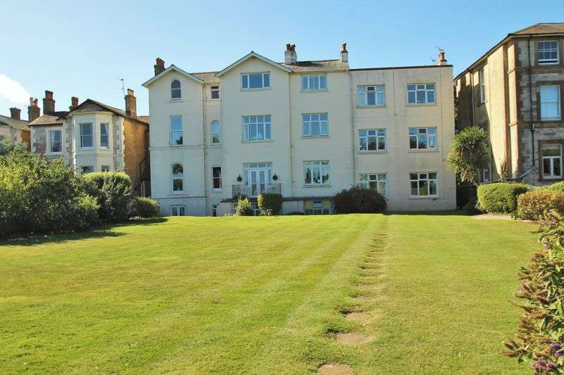 2 Bedrooms Flat for sale in The Strand, Ryde