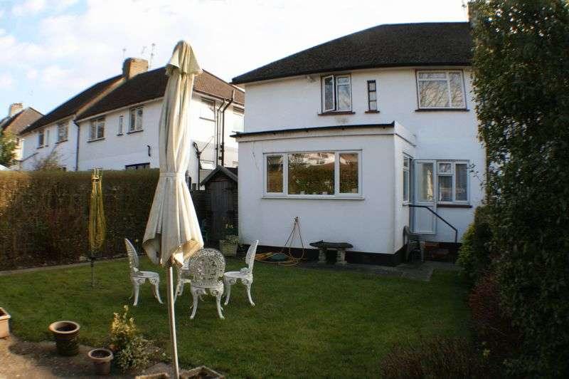 2 Bedrooms Maisonette Flat for sale in An Extended 2 Double Bedroom Garden Maisonette - Mill Hill NW7