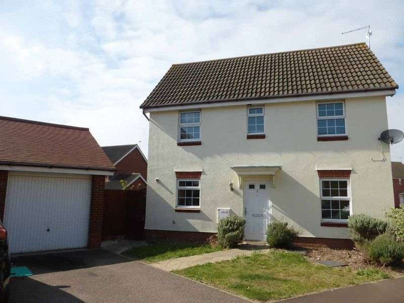 3 Bedrooms Detached House for sale in Gorleston-on-Sea