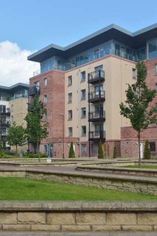 2 Bedrooms Flat for sale in 24 Slateford Gait, Slateford, Edinburgh, EH11 1GU