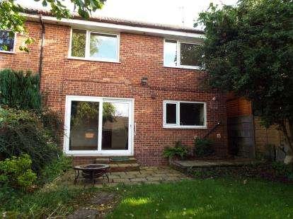 3 Bedrooms Semi Detached House for sale in Hawkshaw Bank Road, Lammack, Blackburn, Lancashire