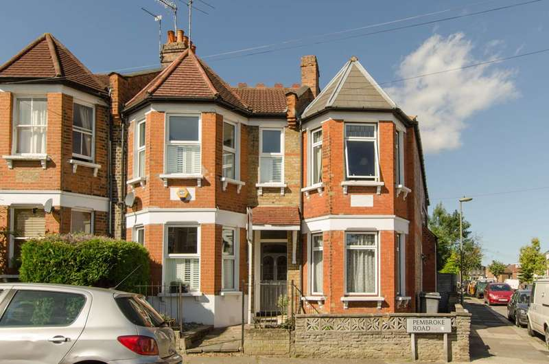 3 Bedrooms House for sale in Pembroke Road, Muswell Hill, N10