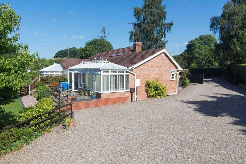 3 Bedrooms Semi Detached Bungalow for sale in Upper Hill, Leominster, Herefordshire HR6 0JZ