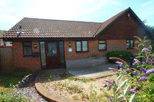 4 Bedrooms Bungalow for sale in Friday Street, Eastbourne, East Sussex