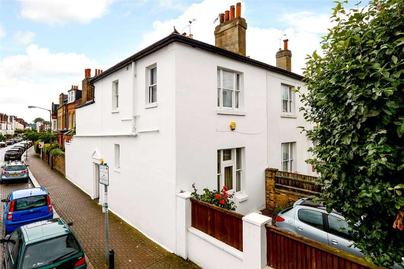 3 Bedrooms Terraced House for sale in Charlwood Road, London, SW15