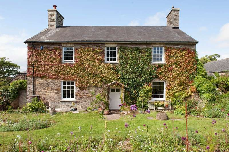 5 Bedrooms Detached House for sale in Wrescombe Farm, Yealmpton