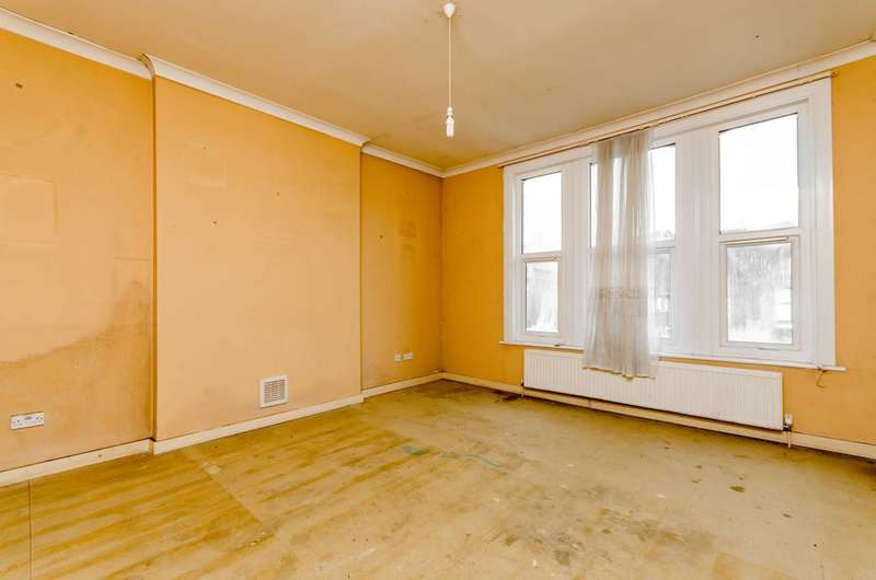 4 Bedrooms Flat for sale in Auckland Road, Crystal Palace, SE19