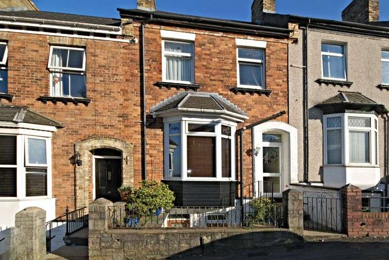 3 Bedrooms Terraced House for sale in Clyffard Crescent, Newport