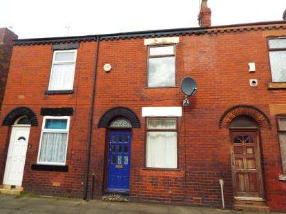 2 Bedrooms Terraced House for sale in Garden Street, Eccles, Manchester, Greater Manchester