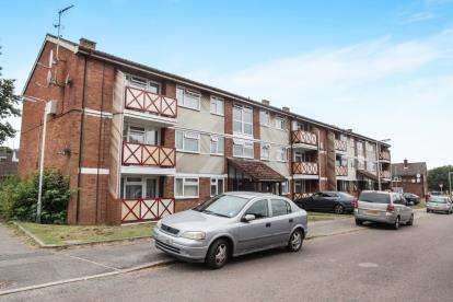 3 Bedrooms Flat for sale in Westerdale, Luton, Bedfordshire, .