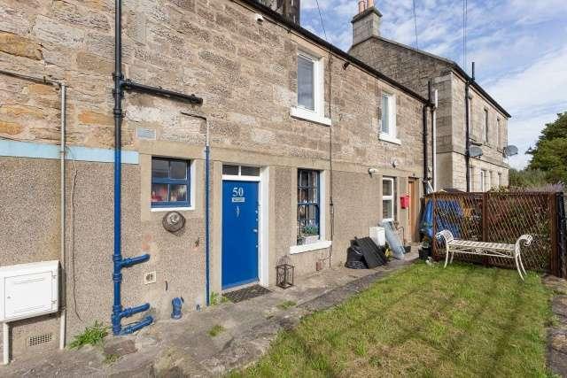 Studio Flat for sale in Old Burdiehouse Road, Burdiehouse, Edinburgh, EH17 8BH