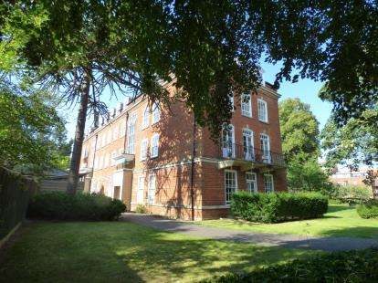1 Bedroom Flat for sale in Thomas Wyatt Close, Norwich, Norfolk