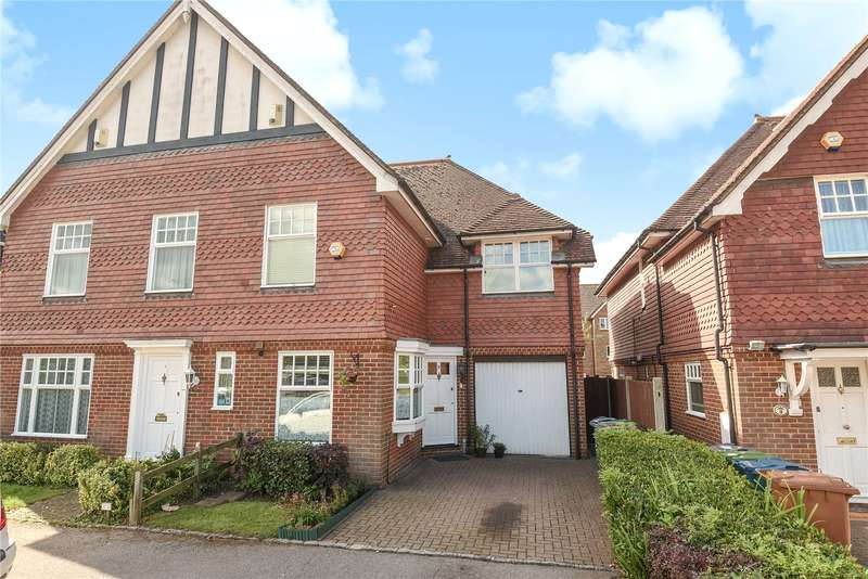 3 Bedrooms Semi Detached House for sale in Elm Park Road, Pinner, Middlesex, HA5