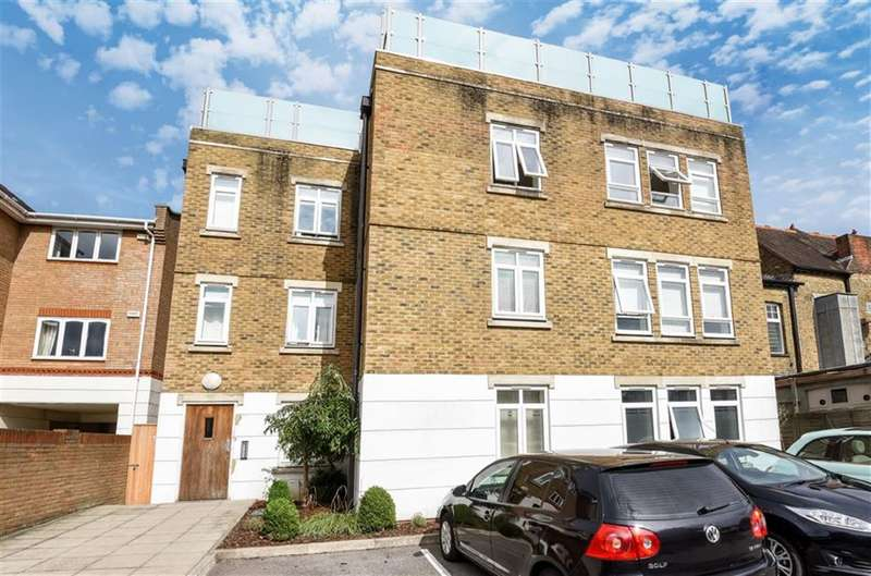 1 Bedroom Flat for sale in St Louis Court, Kingston Upon Thames