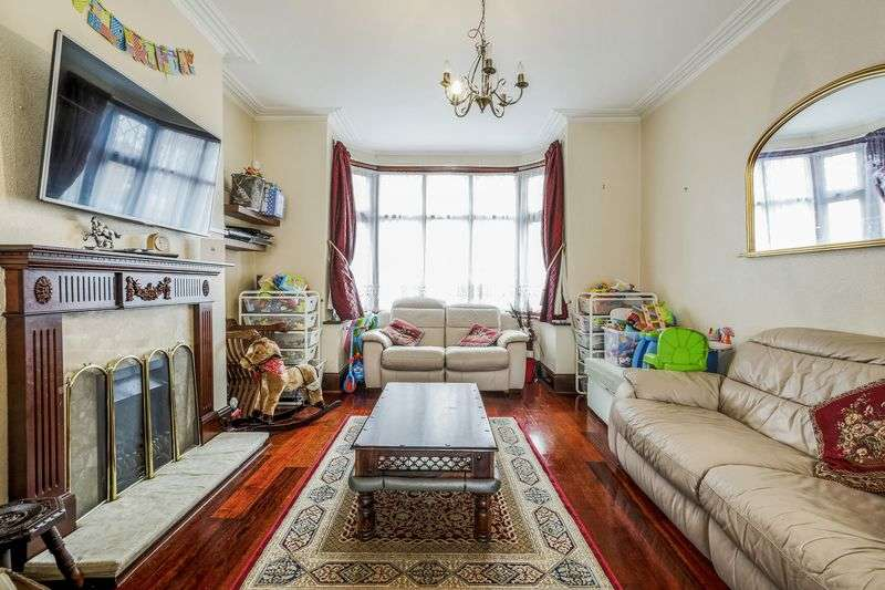 3 Bedrooms Terraced House for sale in Ederline Avenue, London