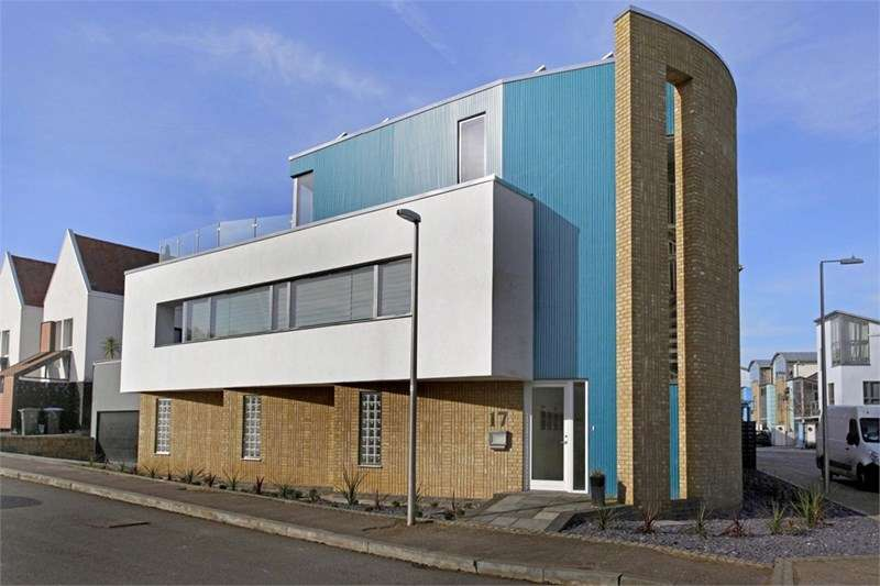 4 Bedrooms Detached House for sale in Great Auger Street, Newhall, Essex